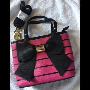 ♥️🥰BETSEY JOHNSON Small Handbag/Crossbody